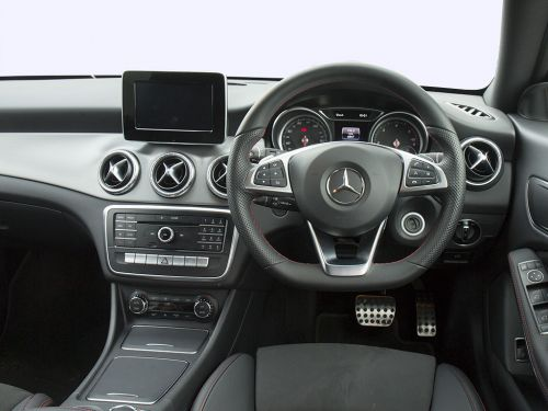 Lease The Mercedes Benz Cla Class Shooting Brake Special Edition Cla 200d Whiteart 5dr Map