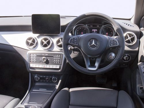 Lease the mercedes benz gla class amg hatchback gla 45 for Mercedes benz unlimited mileage lease