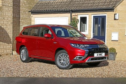 MITSUBISHI OUTLANDER ESTATE 2.4 PHEV Dynamic 5dr Auto view 5